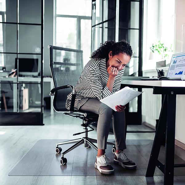 Cleartex PVC Chair Mat Carpet Lipped 1150x1340mm Clear 11341525LV