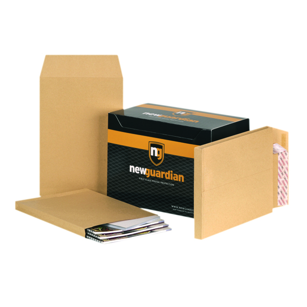 New Guardian C4 Envelopes Gusset 130gsm Manilla (Pack of 100) E27266