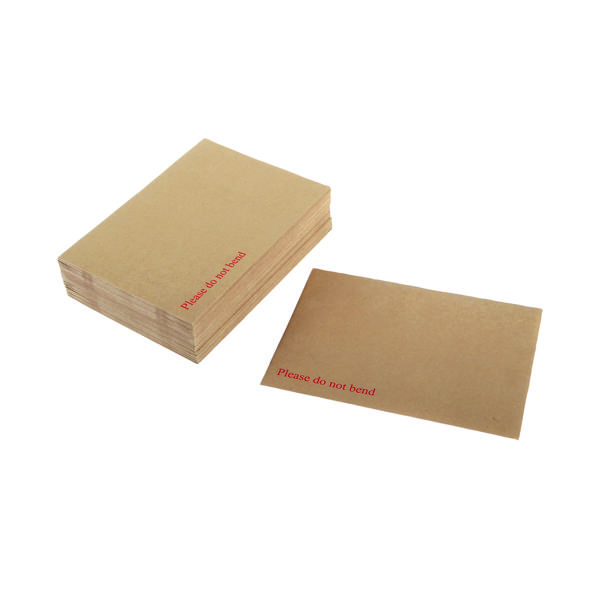 Q-Connect Envelope 238x163mm Board Back Peel and Seal 115gsm Manilla (Pack of 125) KF3518